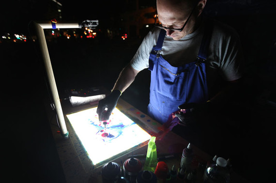 LIVE PAINTING PROJECTION
