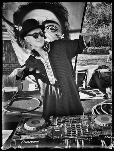 DJ AKUPUNKTUR