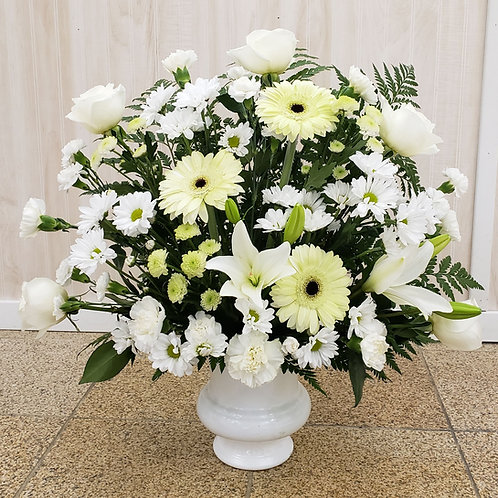 White Memories Arrangement