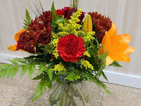 Your Thanksgiving Floral Centerpiece