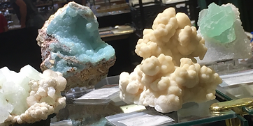 minerals on shelf.PNG