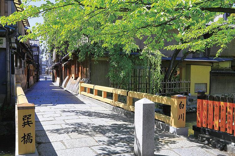 日本風景 - 祇園巽橋 1000塊 (50×75cm)