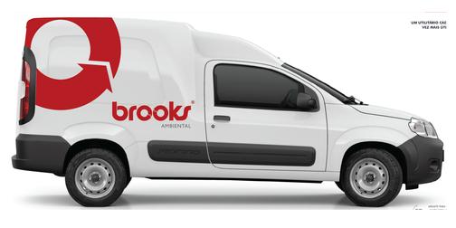 brooks | FA caminhonete_right.png