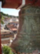 Vista parcial da cidade, foto do sino da Capela
