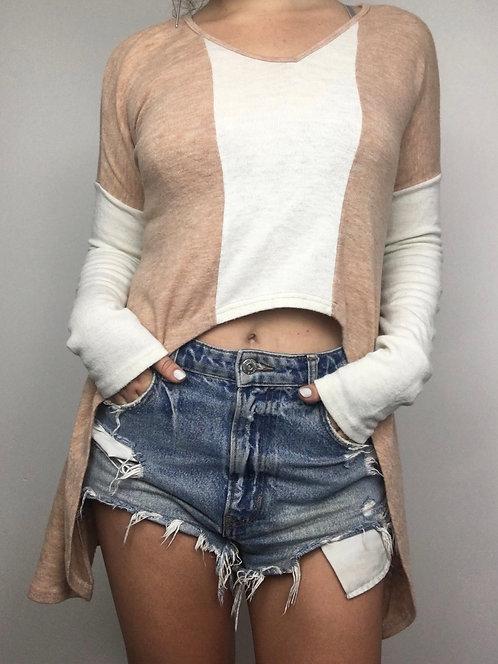 Hi-Lo Long Sleeved Top