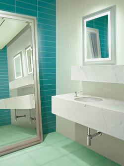 אריחים צבעוניים לאמבטיה