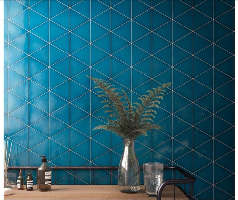 אריחי משולש בכחול טורקיז