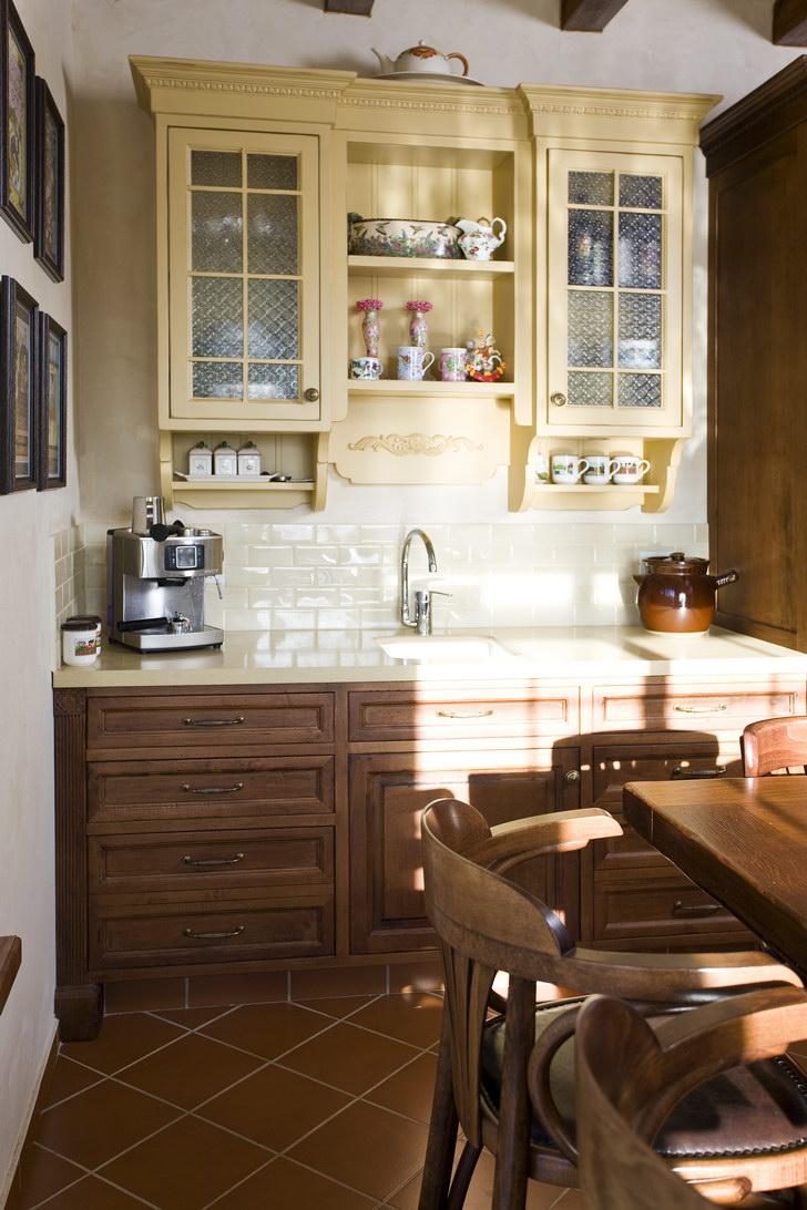 חפוי בריקים במטבח כפרי