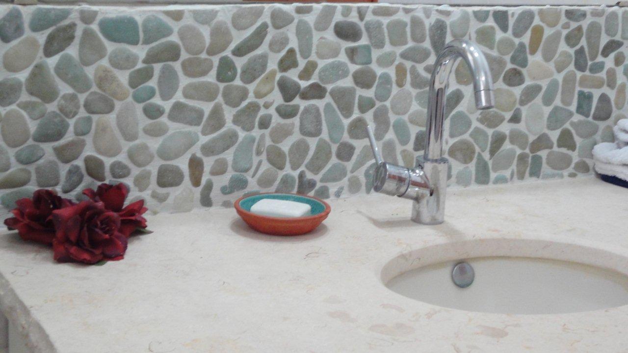 עיצוב חדרי אמבטיה בסגנון טבעי