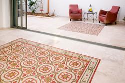 שטיחים מבלטות מעוטרות