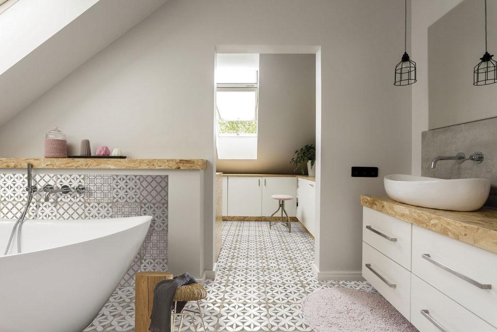 אריחים מעוטרים לאמבטיה