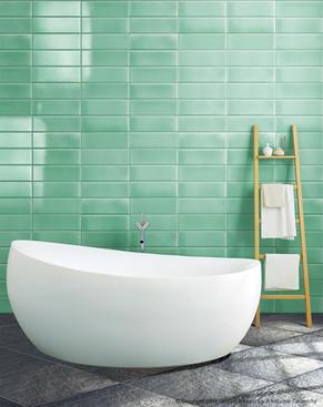 בריקים בחיפוי קירות אמבט