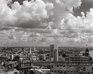 1.-City-and-clouds.jpg