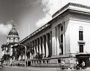 3.-City-Hall.jpg