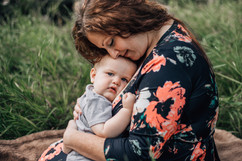Sayen breastfeeding session