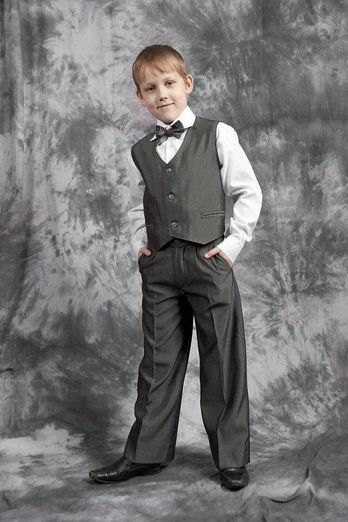 Жилет для мальчика классический, ткань серая костюмная