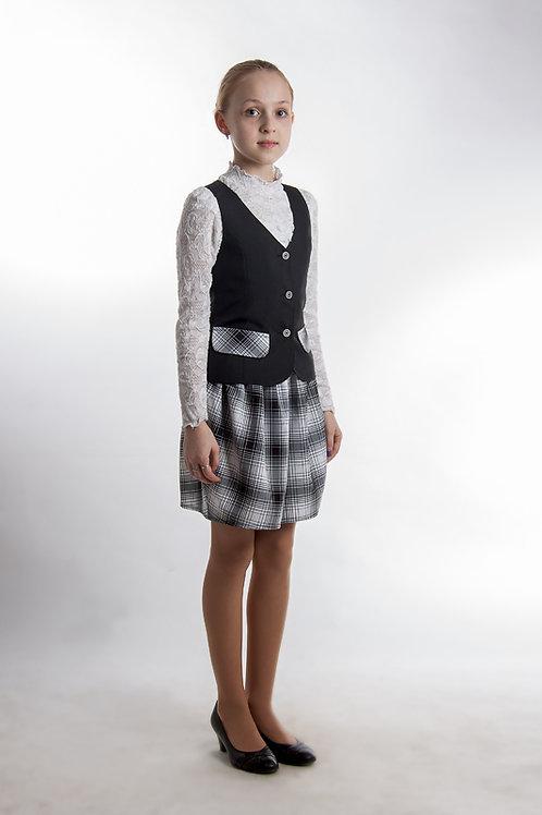 Жилет для девочки классический чёрно-белый габардин