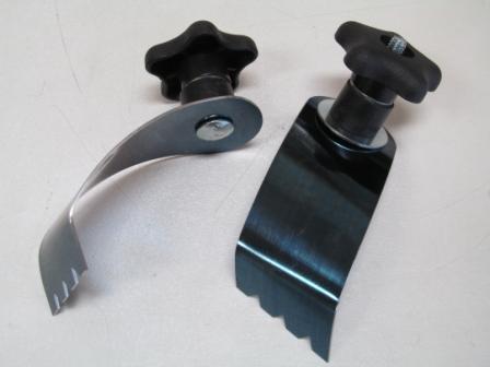 Ski-Z's ™ Reverse Compatible Ski Scratchers
