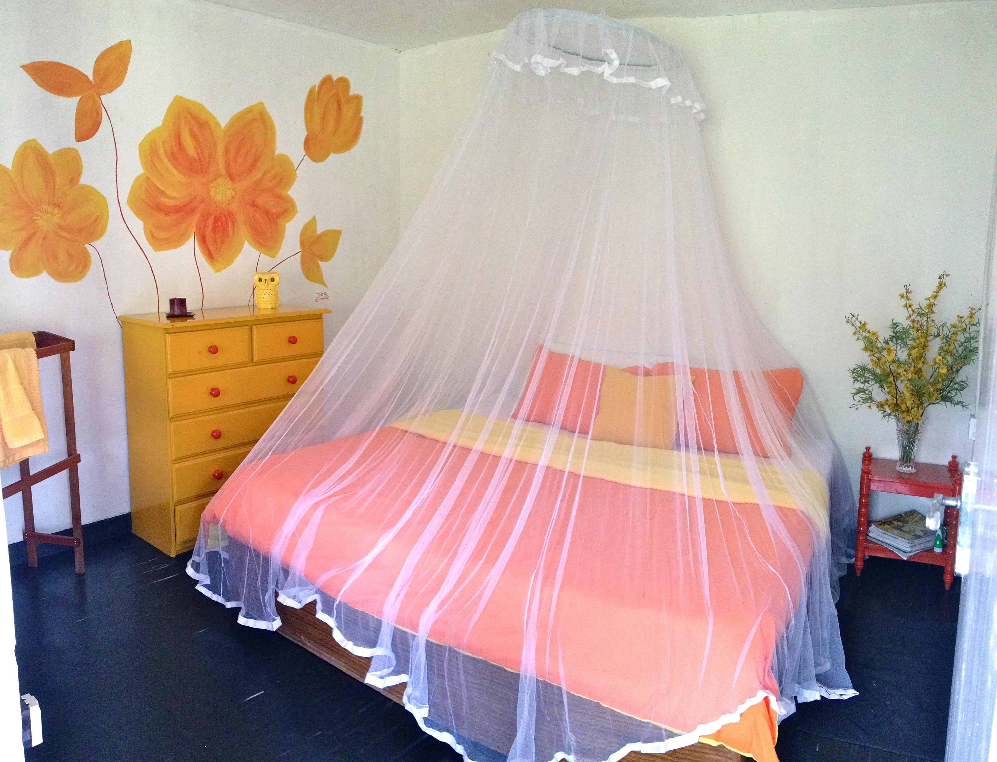 Queen Bedroom in the Gatehouse