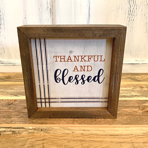 Thankful distressed sign