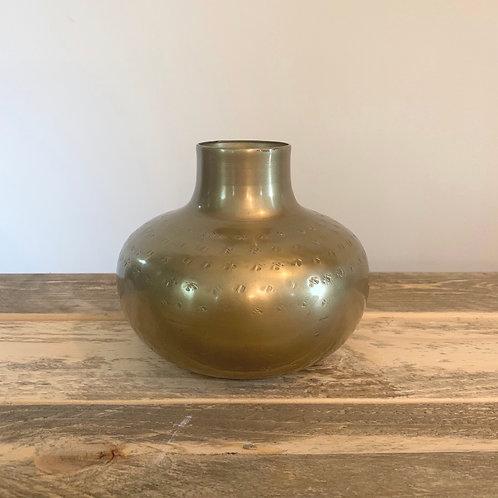 Hammered gold metal vase -4in