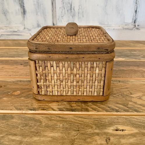 Small wood cane box