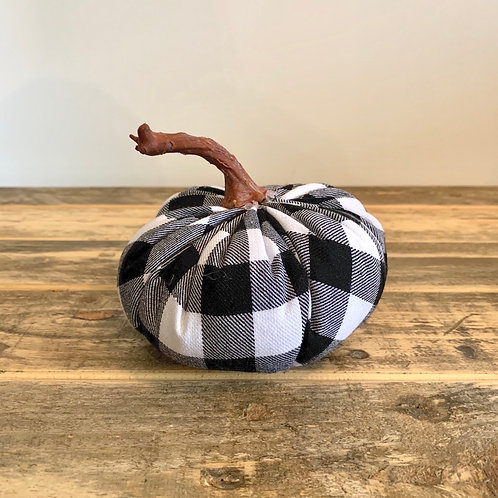 Small buffalo check pumpkin