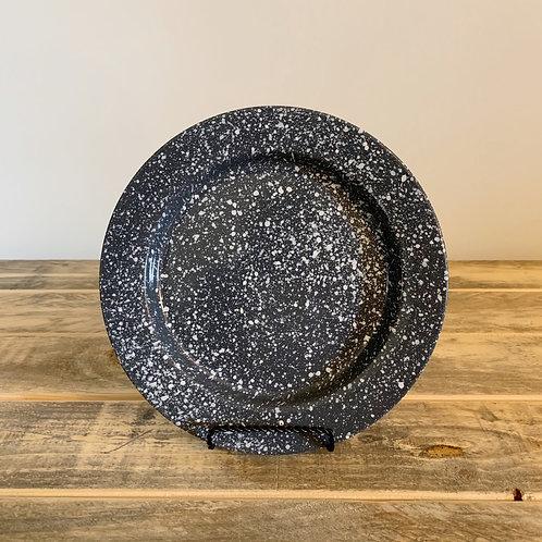 """8"""" Round splatterware plate"""
