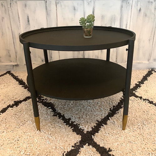 Metal table gold finish