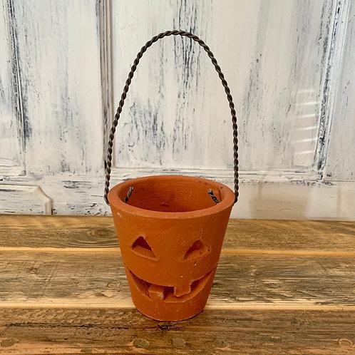 Jack o lantern with handle