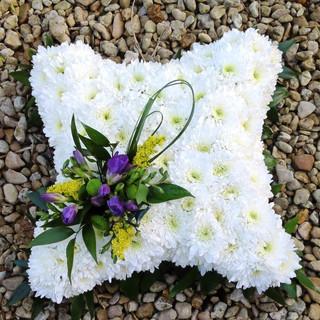 White square tribute arrangement