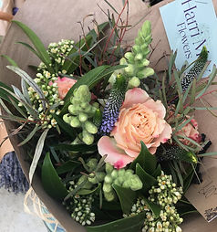 Hand tied bouquet Peach roses