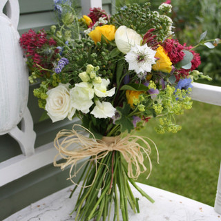 Country Style hand tied bouquet