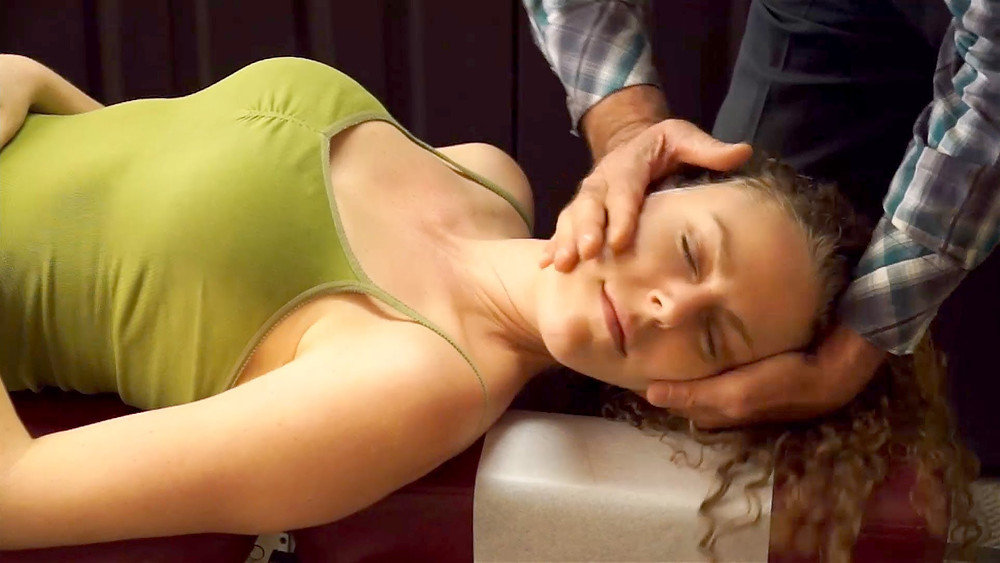 chiropractic treatments for back and neck pain