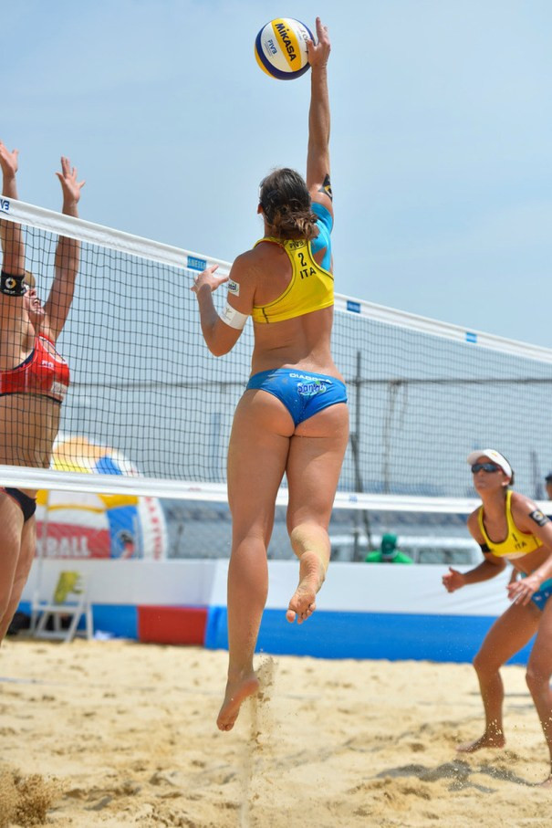 What is Sexy: Volleyball Players