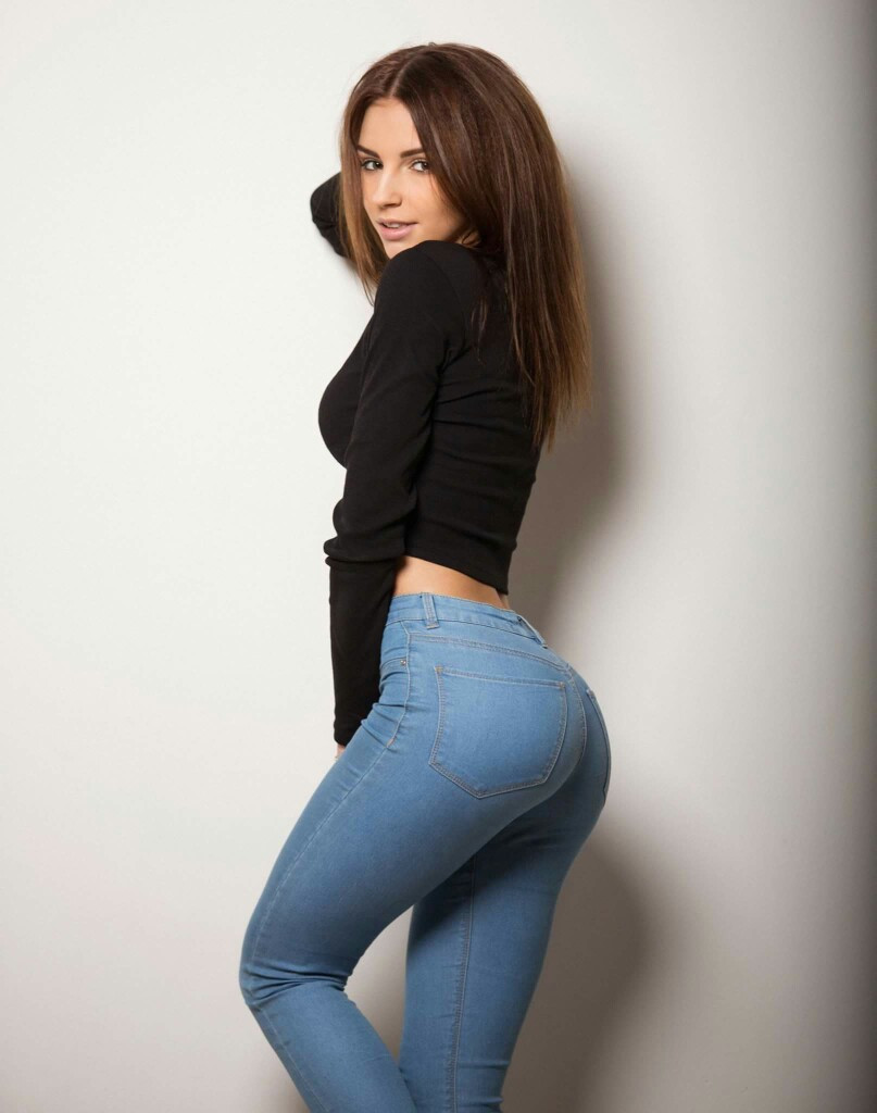 What is Sexy: Girls in Jeans