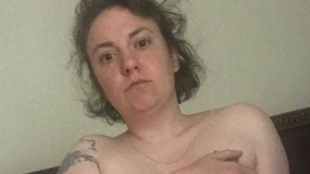 Lena Dunham Celebrates Hysterectomy With Nudes on Instagram