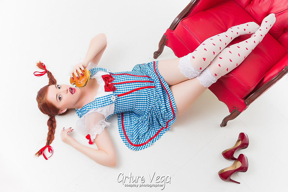sexy wendys cosplay
