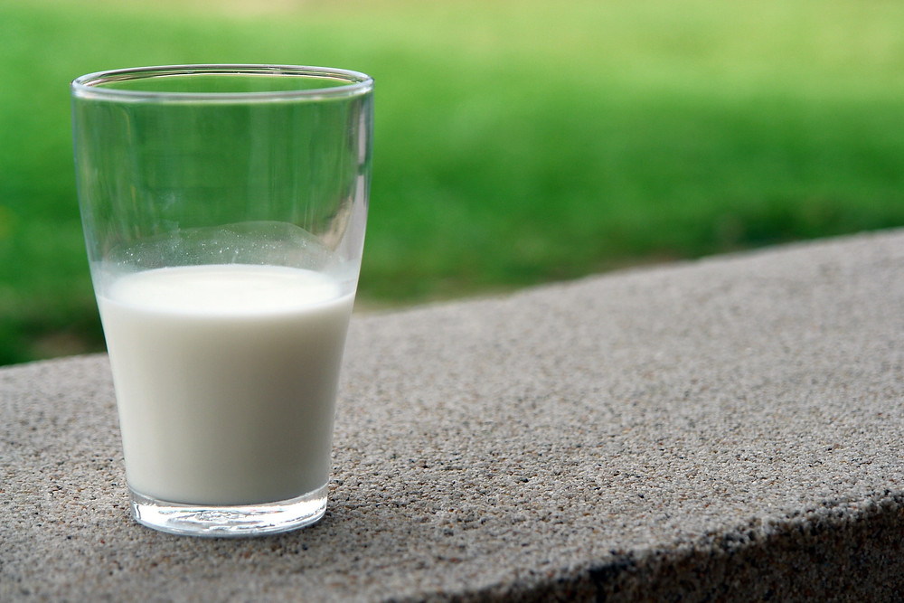Homeowner Finds Man Naked in Kitchen, Singing and Drinking Milk