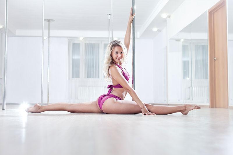 sexy flexible women