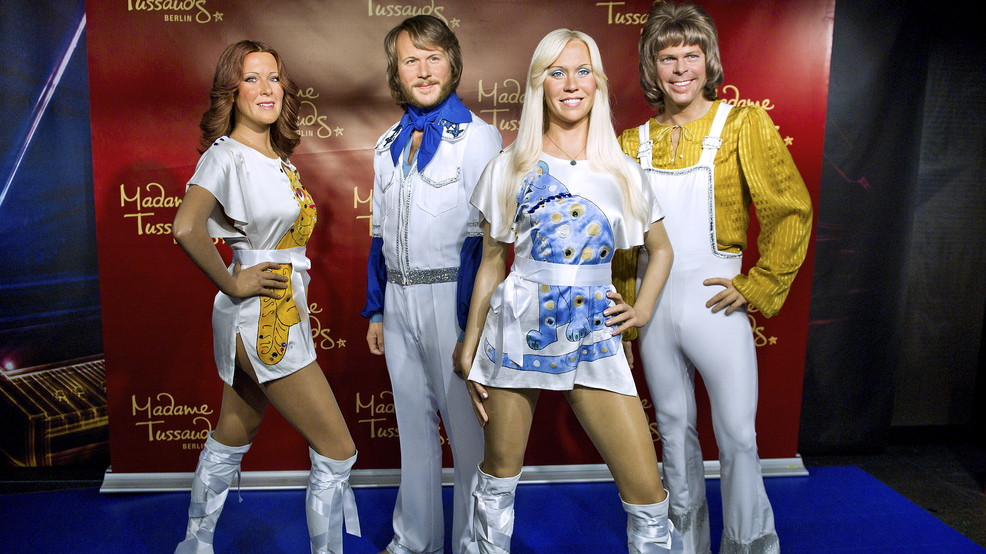 ABBA went to No.1 on the US singles chart with 'Dancing Queen'