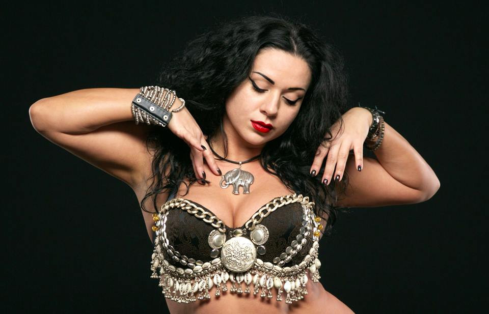 Belly Dancer Diana Bastet