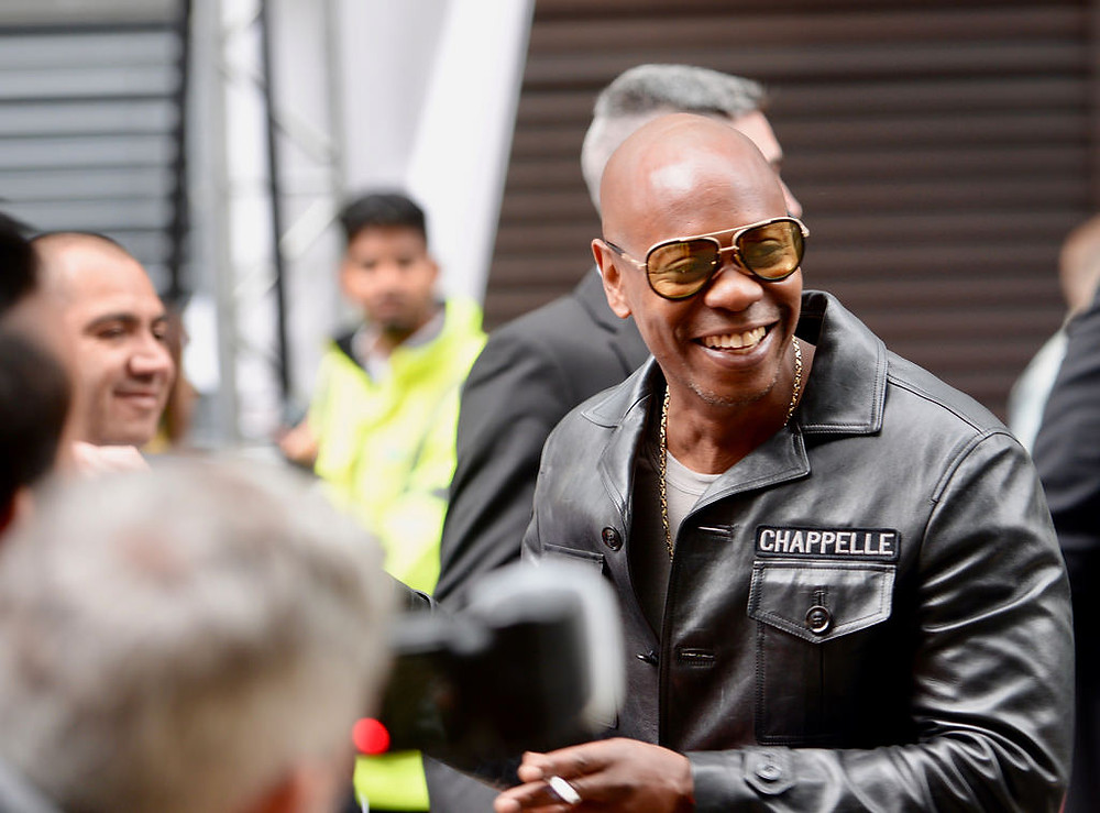 Dave Chappelle Gives Tickets to Couple Scammed on Craigslist