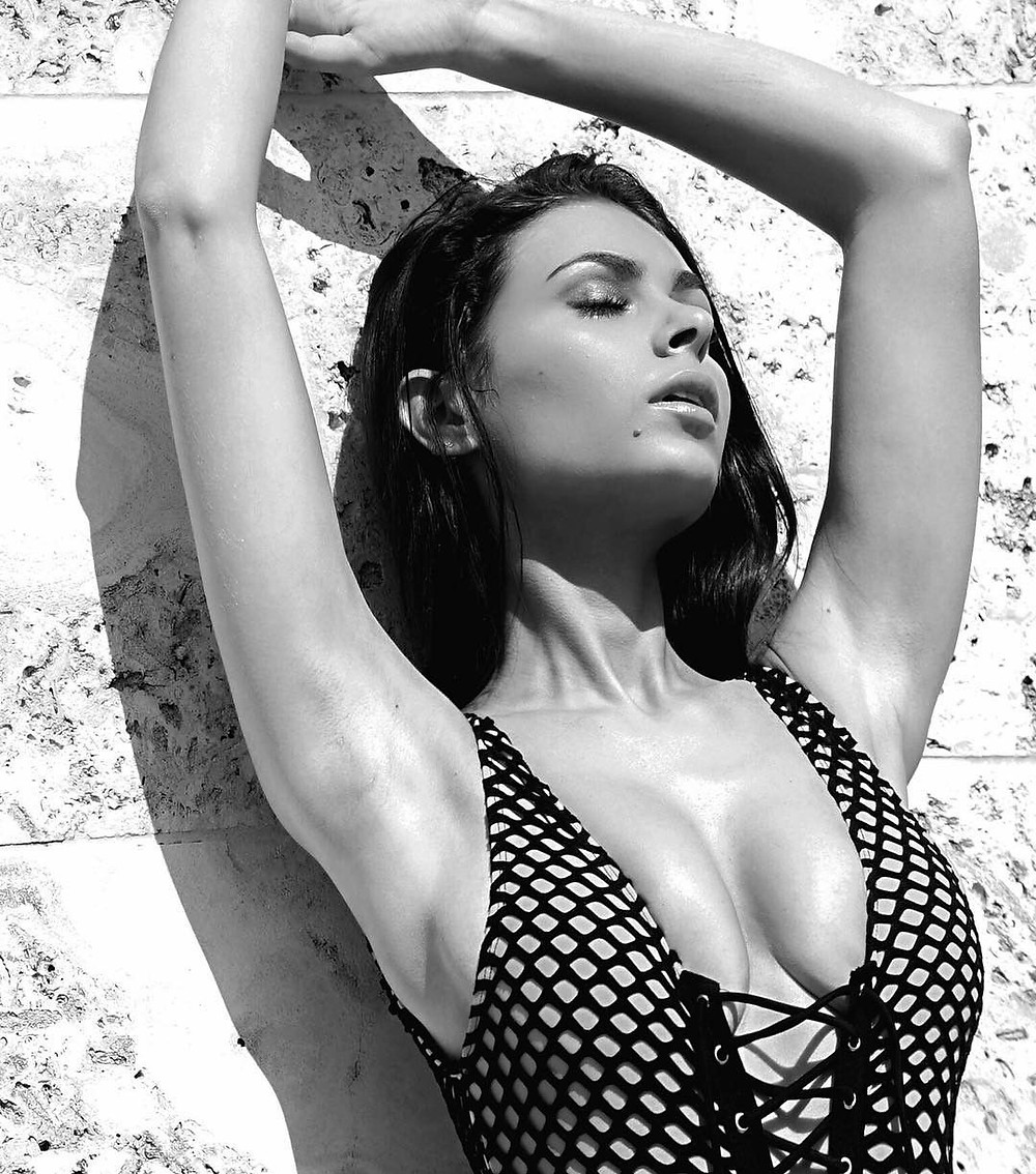 What is Sexy: Model Elizabeth Pipko