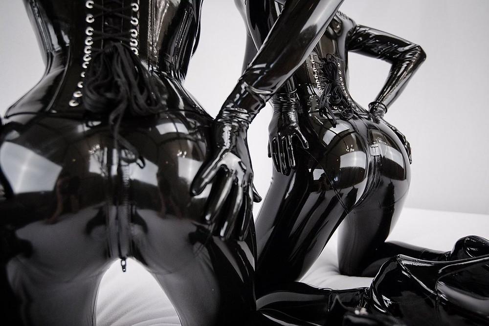Reflective Desire bondage