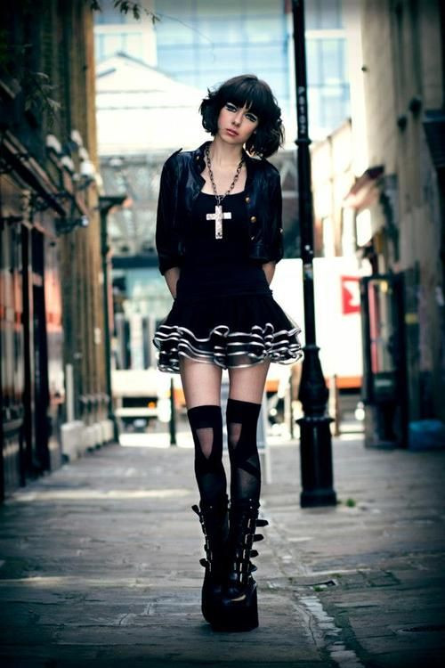 What is Sexy: Metal and Goth Girls