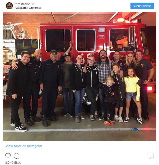 Dave Grohl cooks BBQ for firefighters battling California wildfires