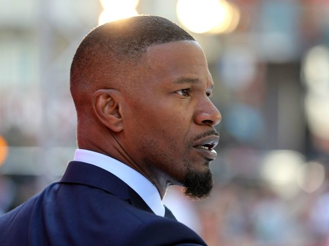 Jamie Foxx Denies Slapping a Woman with His Penis