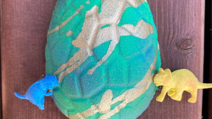 Dino Egg Surprise Bath Bomb