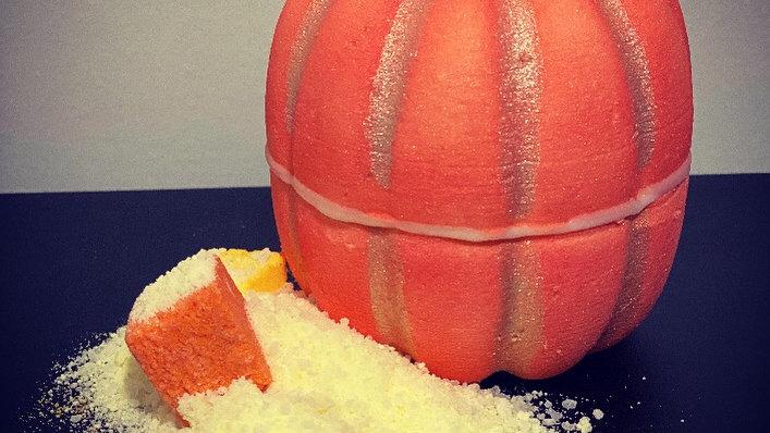 Pumpkin Patch Bombshell Bath Bomb
